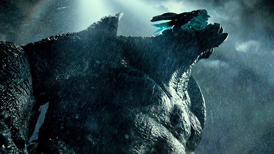 Uno dei mostruosi Kaiju all'attacco