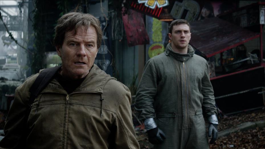 Bryan Cranston e Aaron Taylor-Johnson padre e figlio in Godzilla