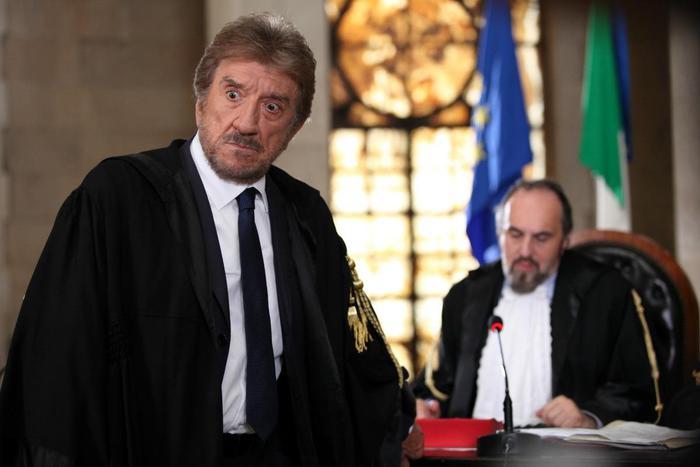 Cinema: torna cine-panettone doc, orfano di De Laurentiis