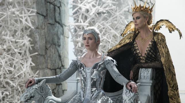 il cacciatore e la regina di ghiaccio img2
