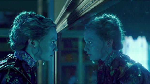 Alice attraverso lo specchio la recensione darkside cinema - Alice e lo specchio ...