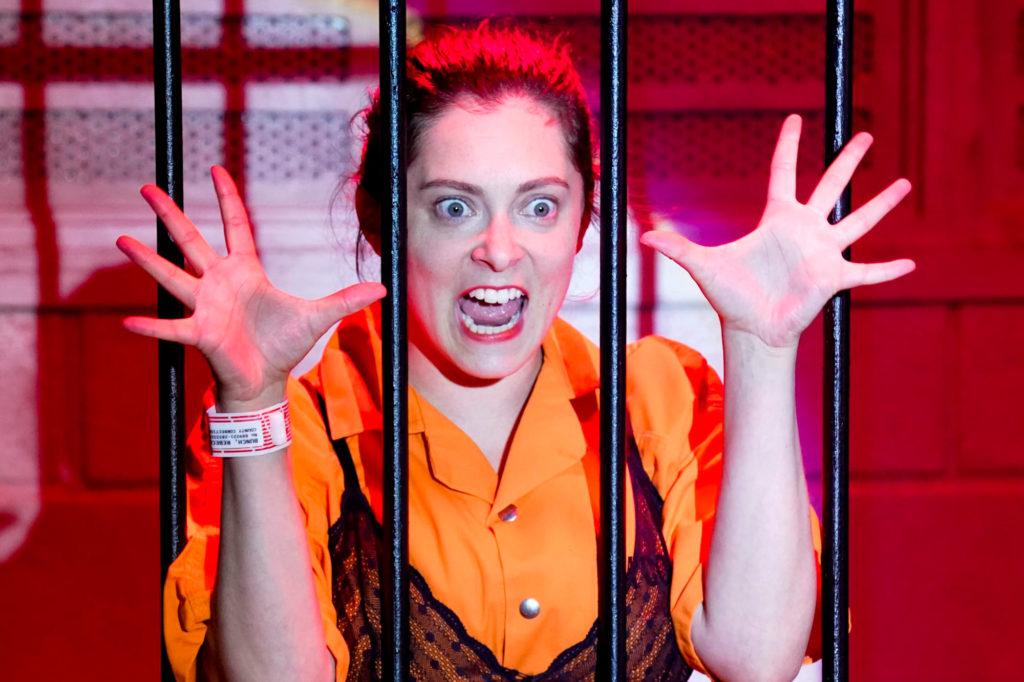 Rebecca Bunch (Rachel Bloom) - Crazy Ex-Girlfriend